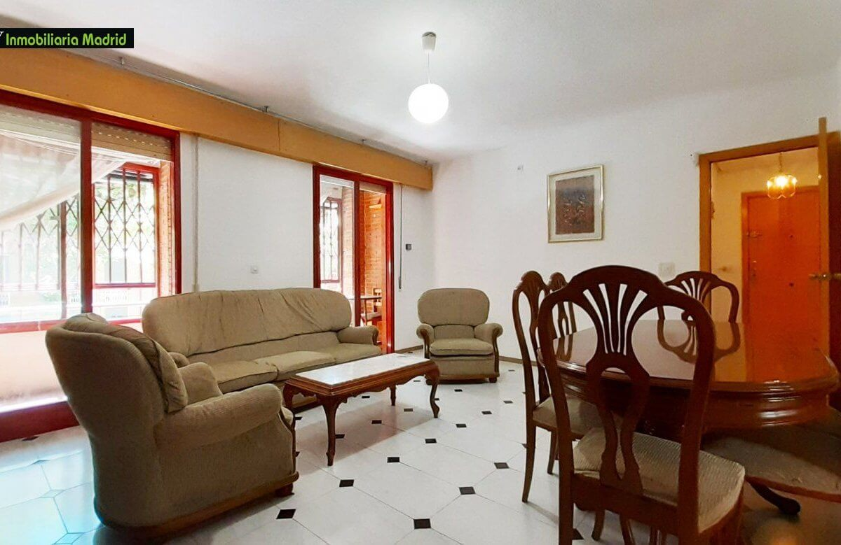 Piso en Madrid Tres Dormitorios Dos Baños y Dos Terrazas